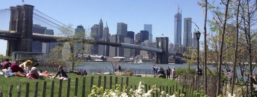 New Yorks stadsdelar - Manhattan från Brooklyn