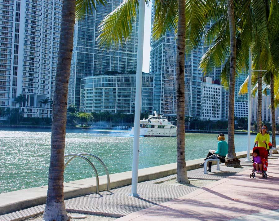 Downtown Miami - Bayfront park
