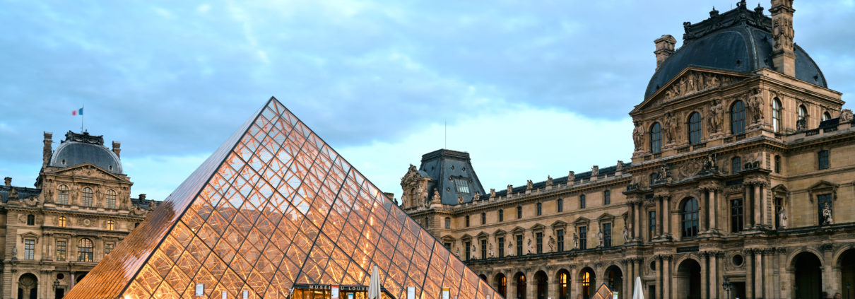 Louvre Paris solnedgång