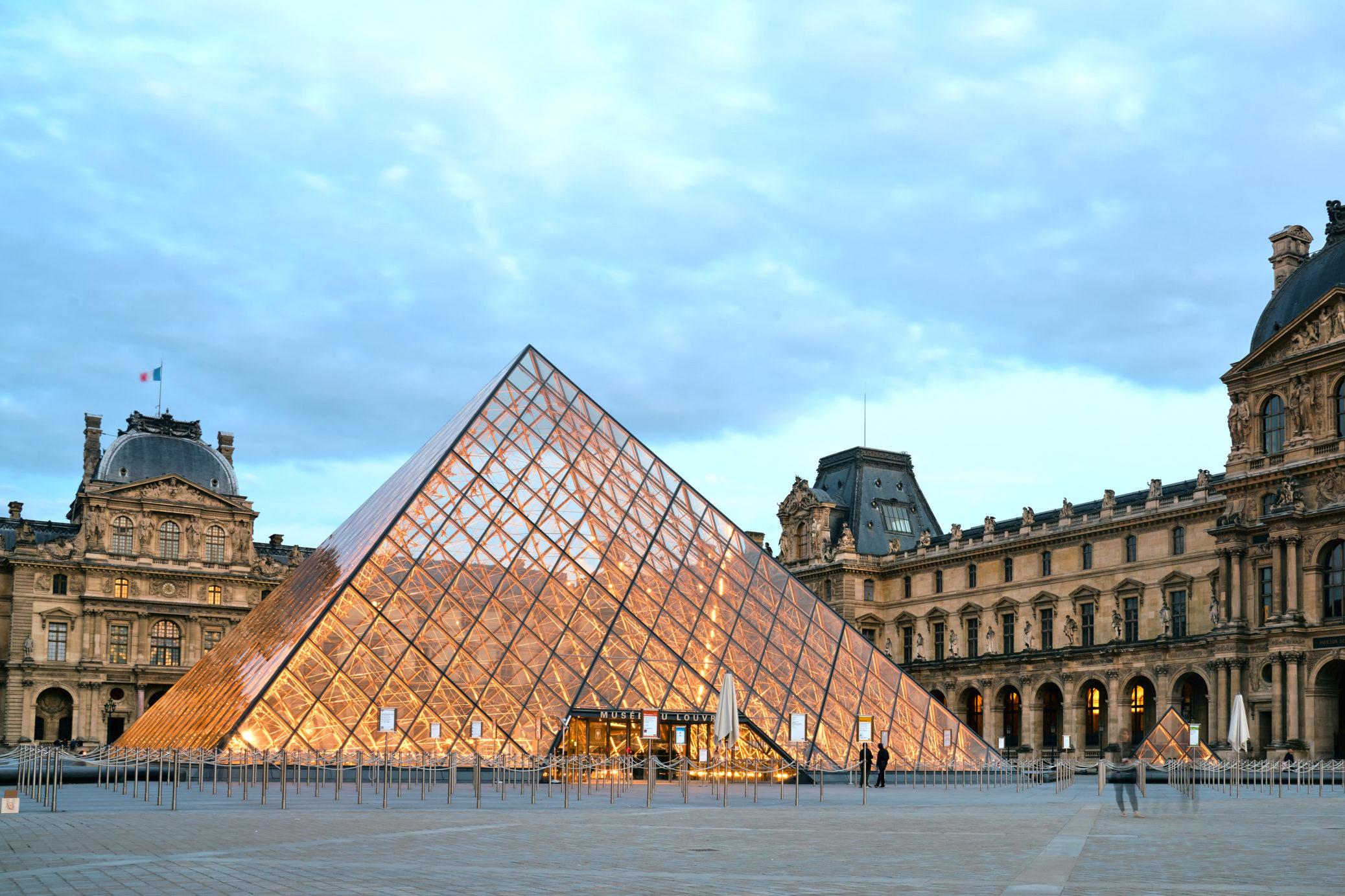 Louvren i Paris