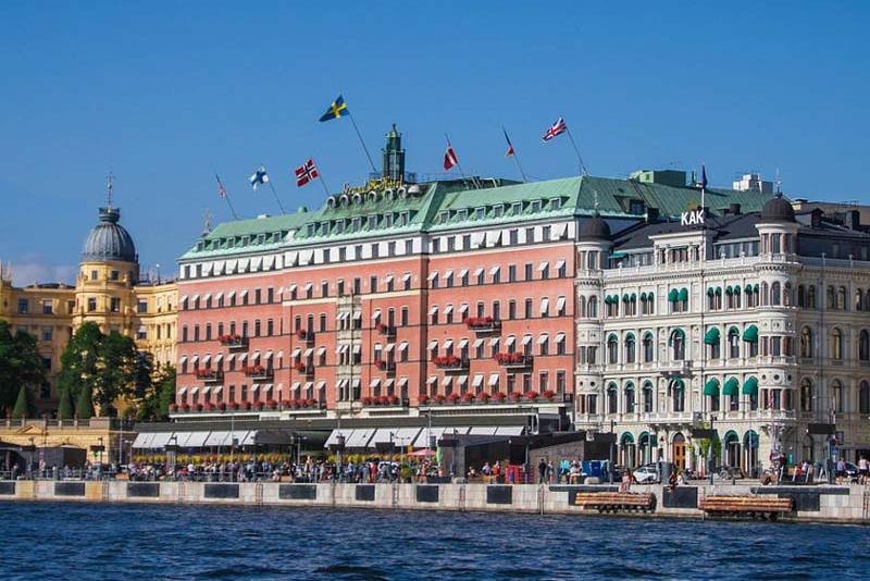 I år kan du återigen resa med Vildmarkståget från Stockholm till Kiruna.