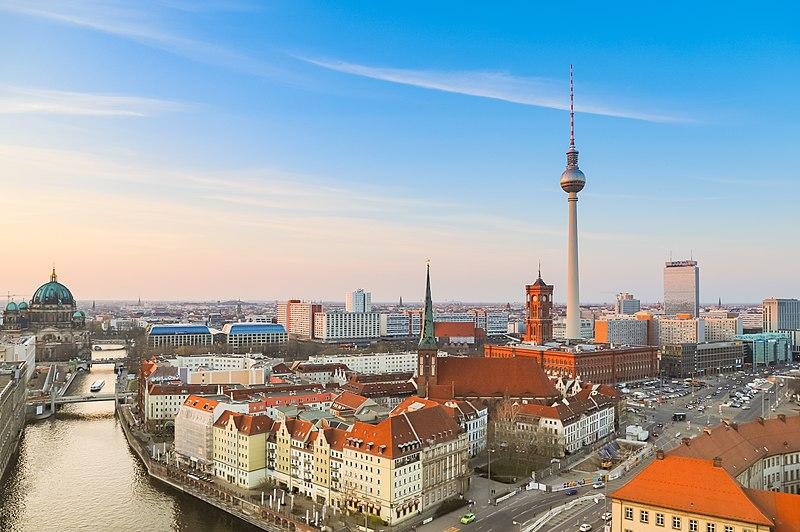 Berlin. Foto: Wikipedia/dronepicr.